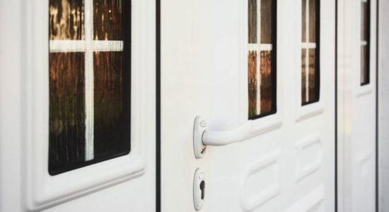 La porte en PVC