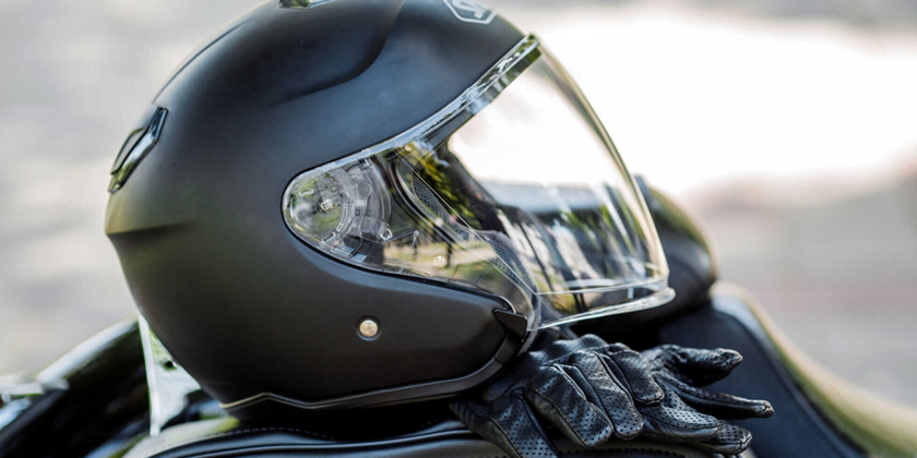 Casques destinés à la compétition moto
