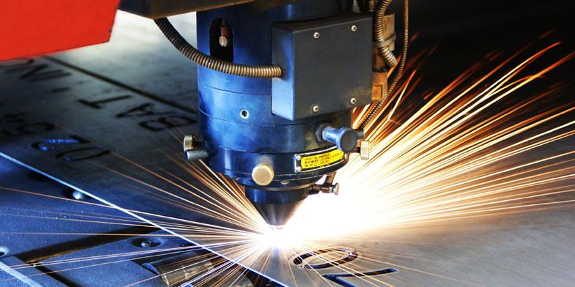 Un expert en industrie laser